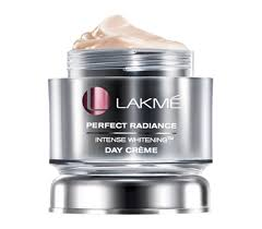 Lakmé Absolute Perfect Radiance Skin Lightening Day Crème
